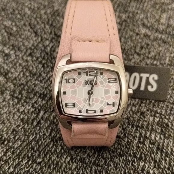ROOTS PINK WATCH